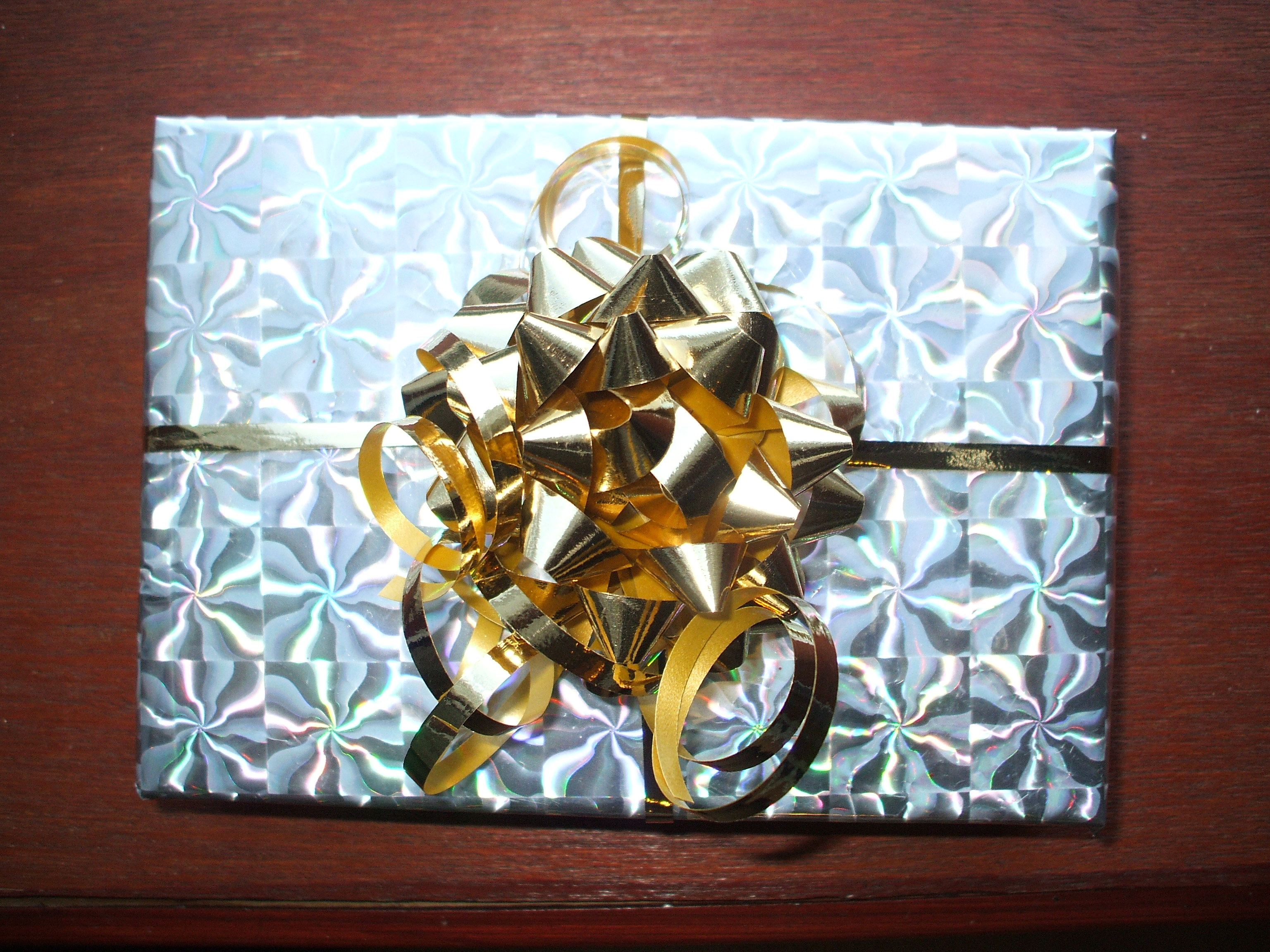 Gift Wrap - Shiny