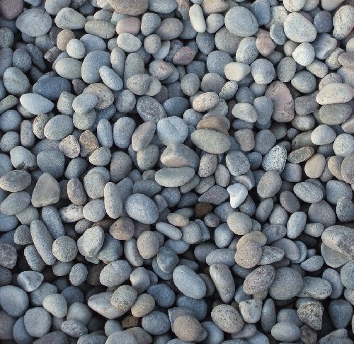 Bulk bag of River Stone Pebbles (14mm-20mm)